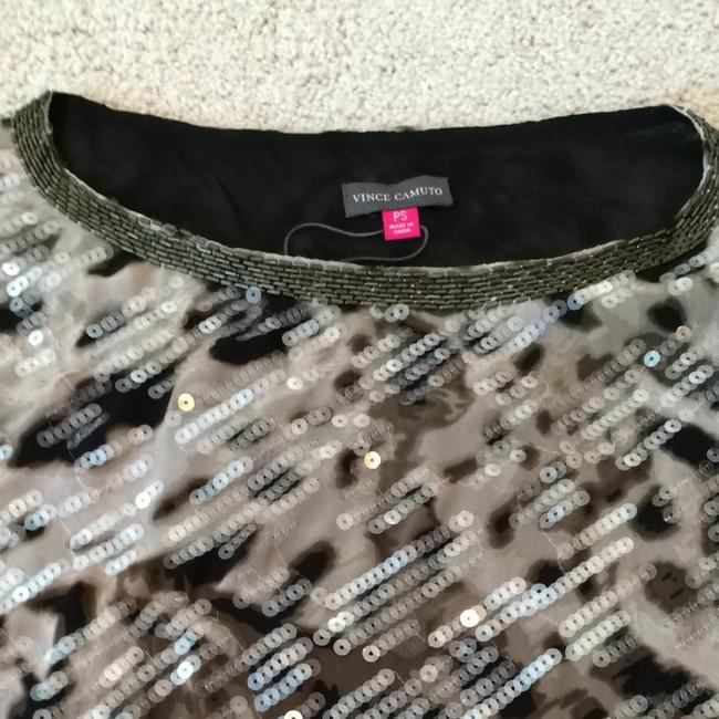 Vince Camuto Top Taupe Black Multi