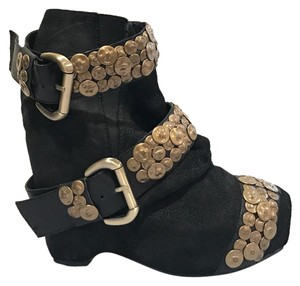SENSO Ladygaga Suede Datenight Vegas Black and Gold Boots