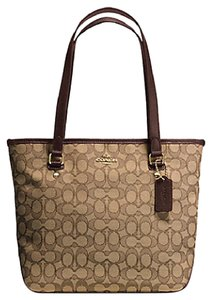 Coach Tote Signature F55364 Shoulder Bag