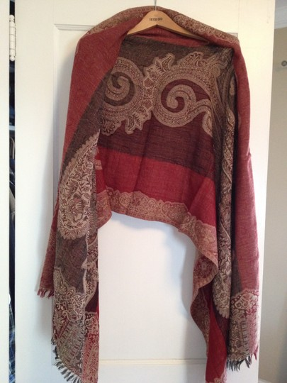 Sacred Threads Wrap with paisley design that can be reversed with fringe on the edges Image 1