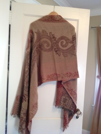 Sacred Threads Wrap with paisley design that can be reversed with fringe on the edges Image 2