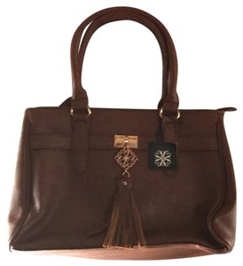 Avon Satchel in brown