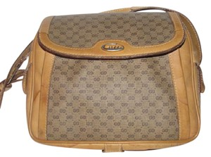 Gucci Early Style Bag/clutch Roomy & Organized Excellent Vintage Perfect For Everyday Shoulder Bag