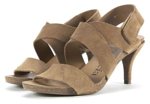 Pedro Garcia Neiman Marcus Barney's Spain Brown Sandals