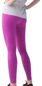 Lululemon NWT seamless zone in tight ultra violet size 2 extra small