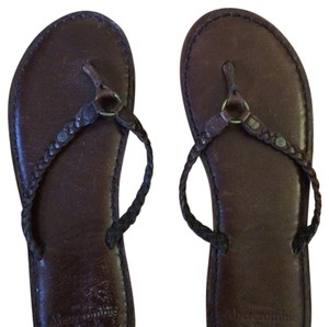 Abercrombie & Fitch Leather Flip Flop & Leather Leather Flip Flop brown Sandals