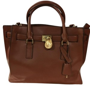Michael Kors Satchel in Brown ( Luggage)