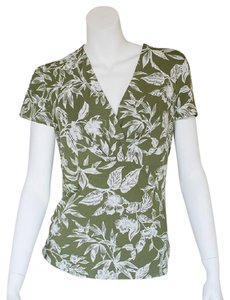 Ann Taylor Floral V Neck T Shirt green