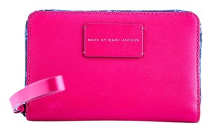 Marc Jacobs * Marc Jacobs Ditsy Flower Wingman Wallet