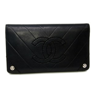 Chanel Chanel CC Chevron Leather Bi-Fold Wallet Black W/ Box Chrome Hardware