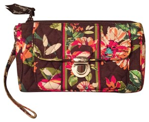 Vera Bradley Wristlet in English Rose pattern