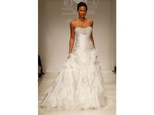 Alfred Angelo 215-jasmine Wedding Dress