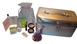 Clinique 9 pc.Tarte mascara/Clinique Large silver cosmetic bag with goodies!