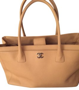 Chanel Leather Executive Tote in Beige