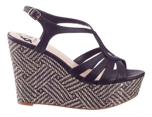 Fergalicious by Fergie Wedge Spring Sandle Chic black Wedges