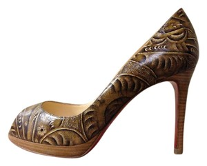 Christian Louboutin Yolanda 100 Peep Toe Tooled Leather Santafe Pumps