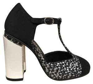 Chanel Tweed Chain Ankle Strap black Pumps