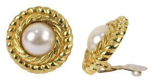 Chanel Round Rope Gold Tone Faux Pearl Clip On Earrings CCAV358