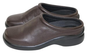 Eddie Bauer Leather Brown Comfortable Brown Leather Mules