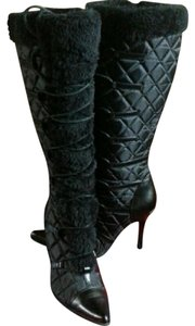 Delicious Quilted Faux Fur black Boots
