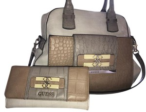 Guess Satchel in Stone-Multi