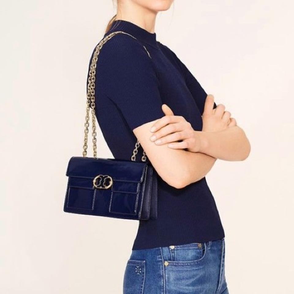 0c75bfefd70 Tory Burch Gemini Link Patent Chain Navy Leather Shoulder Bag - Tradesy