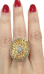 21 carat Whilte/Yellow Gold Exquisite cocktail ring