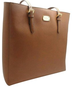 MICHAEL Michael Kors Leather Jet Set Travel Tote in ACORN