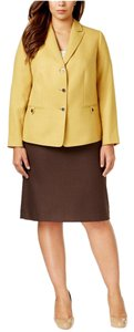 Tahari Tahari ASL New Dijon/Brown 2PC Knee-Length Skirt Suit Plus 20W