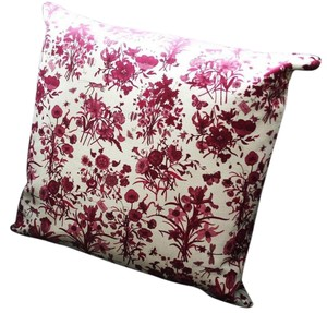 "Gucci Authentic GUCCI FLORA floral Decorative Pillow 13"" White and Purple"