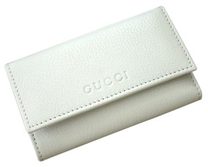 Gucci New Authenitc GUCCI Leather Key Chain/ Holder WHITE w/Box