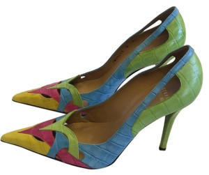 Stuart Weitzman multicolored Pumps