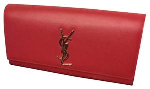 Saint Laurent Pebbledleather Red Clutch