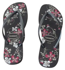 Havaianas Gray/Pink Sandals