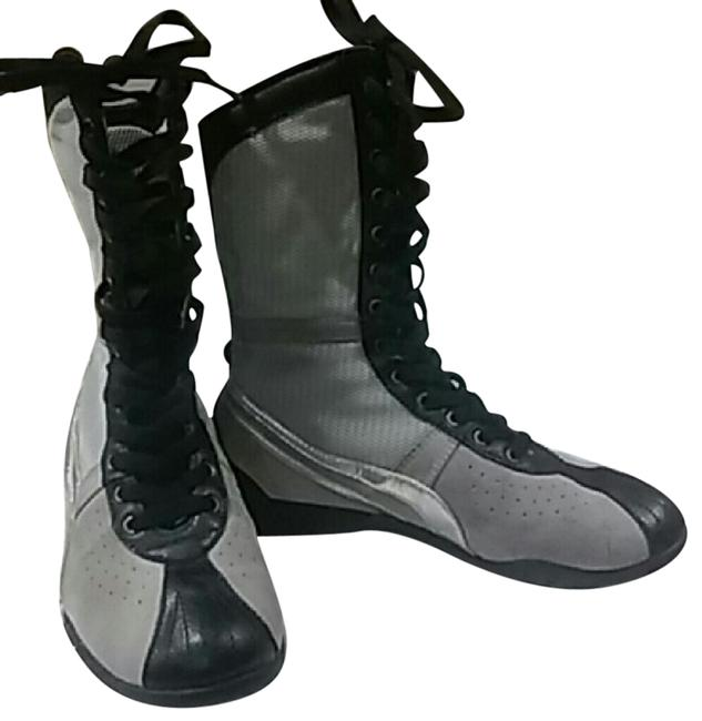 Item - Gray/ Silver Women's Boxing Style Worn Once 6.5) Boots/Booties Size US 6.5 Regular (M, B)