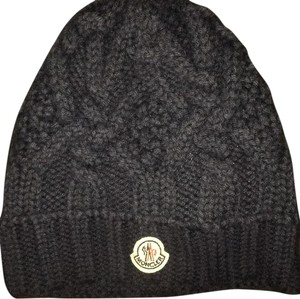 Moncler moncler knit beanie in navy size small
