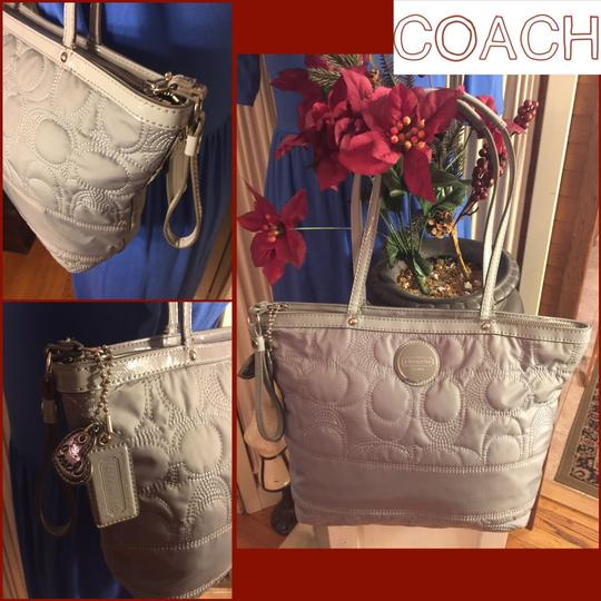 Coach Tote in Gray Image 2