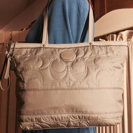 Coach Tote in Gray Image 5