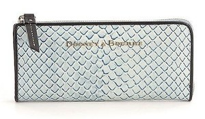 Dooney & Bourke Dooney Bourke Tp155 Ice Blue Cordova Leather 34 Zip Wallet