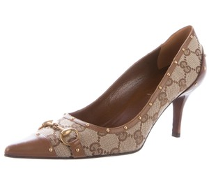Gucci Gg Monogram Gold Hardware Pointed Toe Beige, Brown Pumps
