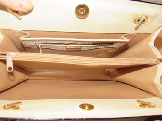 Bally Timeless Style New Mint /New Condition Multiple Compartment Leather/Crocodile Shoulder Bag Image 7