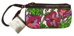 Coach Canvas Leather Casual Wristlet in floral