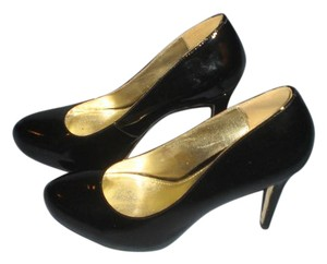 Elaine Turner BLACK Pumps