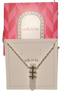 Stella & Dot Legend Pendant