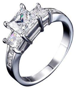 ladies tri stone princess cut AAA CZ engagement ring