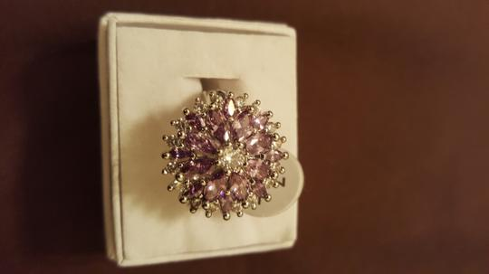 Other ** NWT ** 18K WHITE GOLD FLOWER RING Image 3