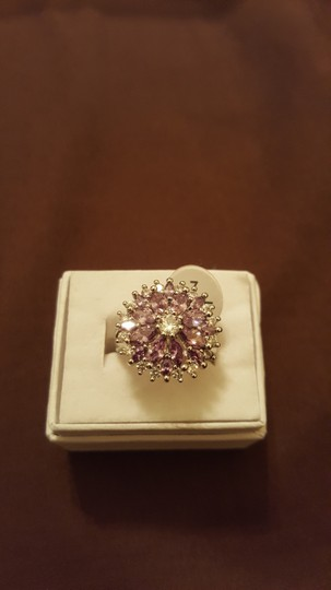 Other ** NWT ** 18K WHITE GOLD FLOWER RING Image 4