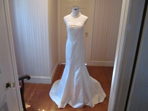 Custom Dress Wedding Dress