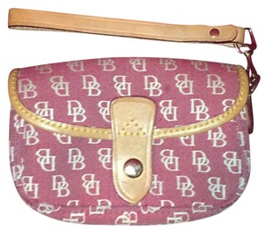 Dooney & Bourke Wristlet in light red