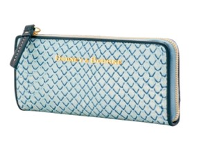Dooney & Bourke Htf Sold Out Clutch